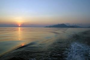 Mano nardymo dienos prasidedavo gan anksti ir saulę dažniausiai pasitikdavom jau būdami laive